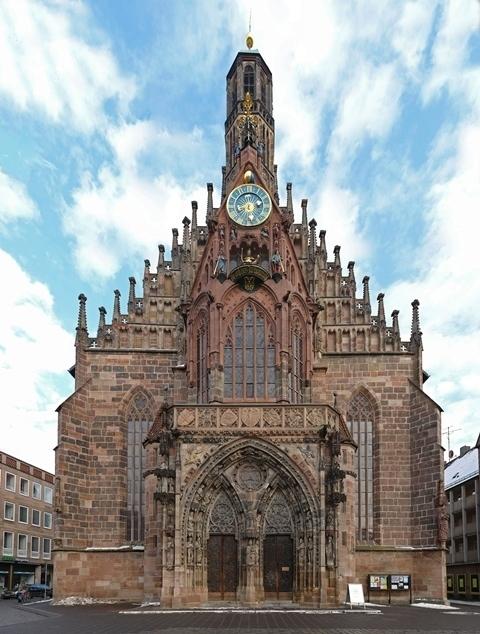 Nuremberg_Frauenkirche_edit.jpg