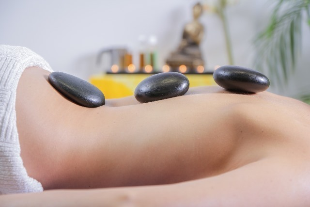 massage-2717431_1280.jpg