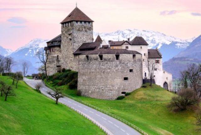 vaduz-castle-444x300.jpg