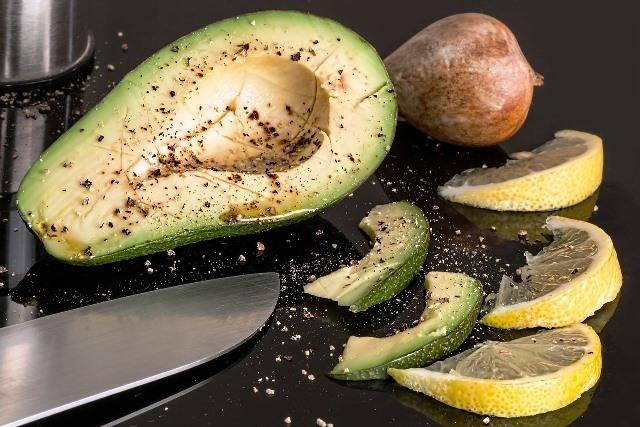 avocado-2210652_1280.jpg