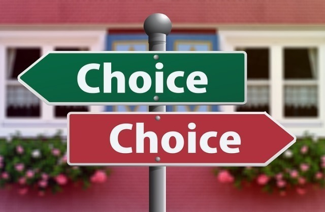 choice-2692575_1280.jpg