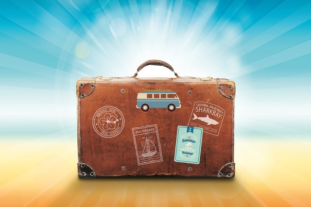 luggage-1149289_1280.jpg