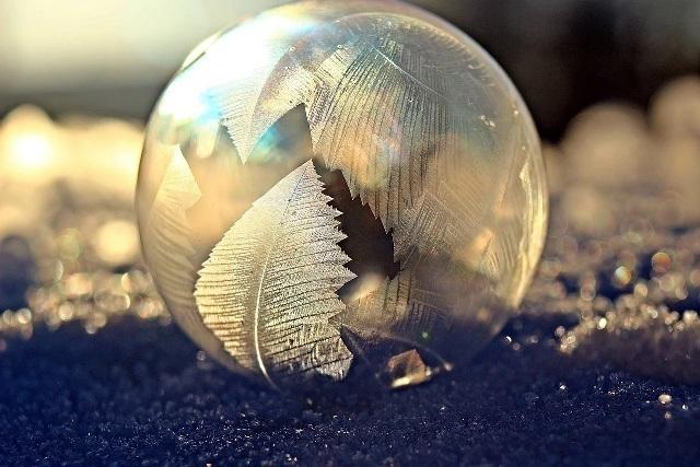 soap-bubble-1984310_1280.jpg